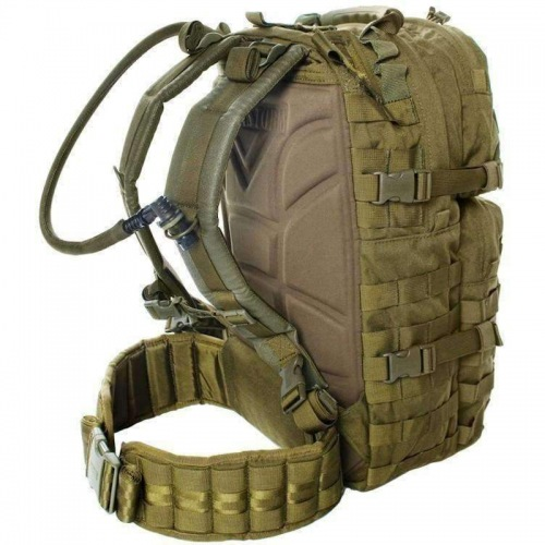 6033_p_blackhawk_strike_cyclone_hydration_pack_2_spo_800x.jpg